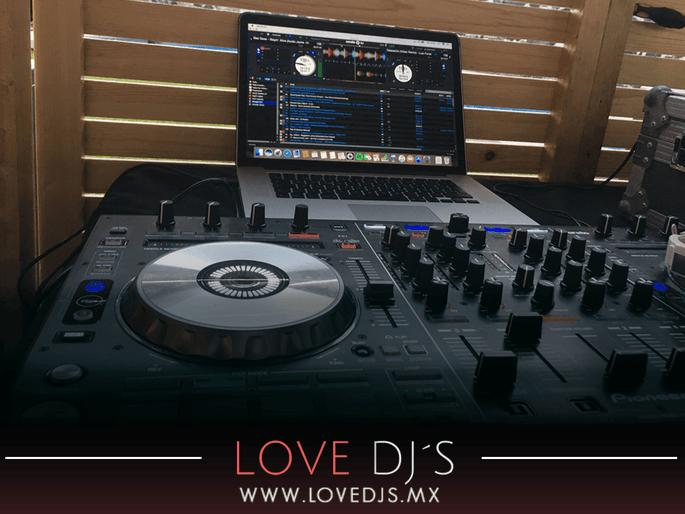 Love DJ'S