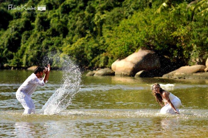 noivos na água
