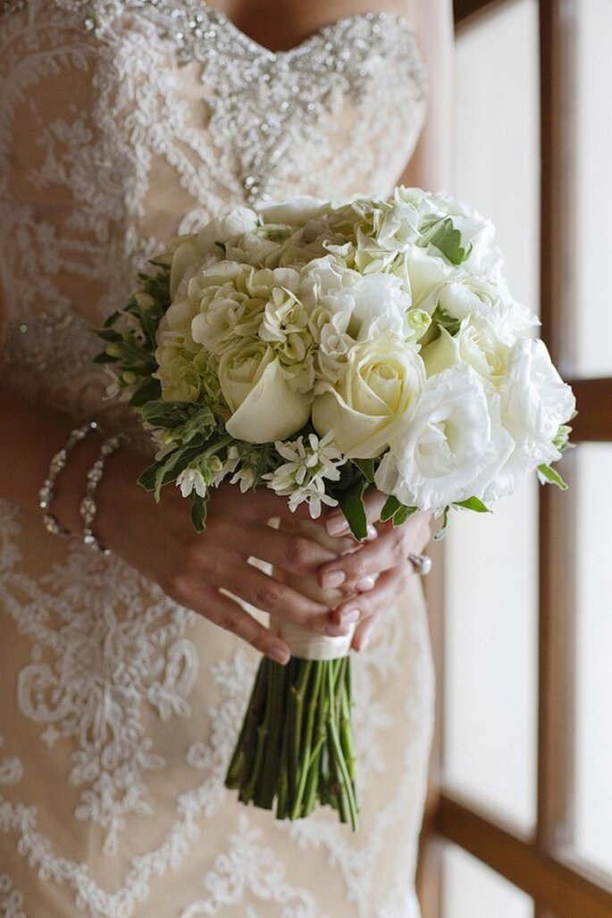 Real Wedding: Una boda con lindos detalles metálicos en Puerto Vallarta - Foto Evgenia Kostiaeva y Eva Sica (Photoshoots Vallarta)