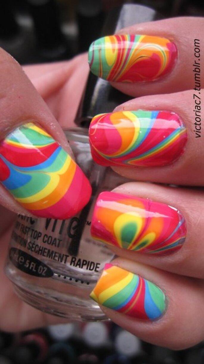 Vernis aux couleurs de l'arc-en-ciel - Victoriac7.tumblr.com