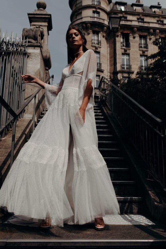 Robe de mariée bohème avec une fente