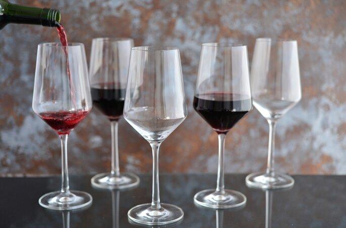 Jogo de taças de vinho