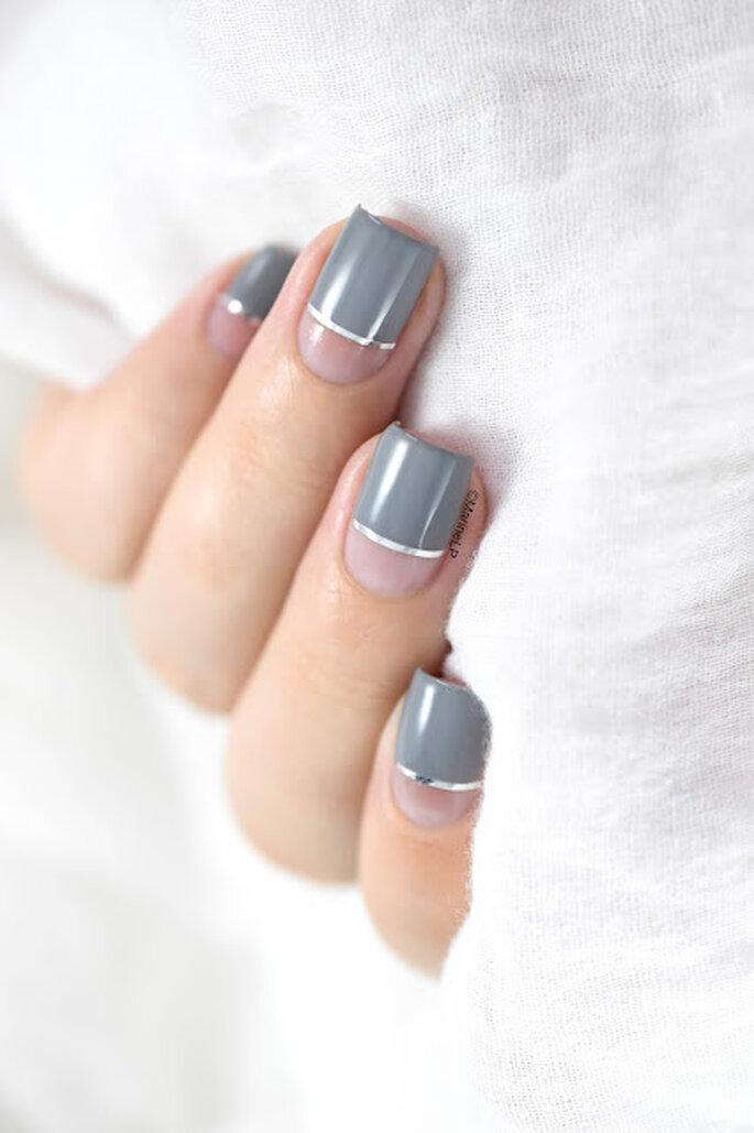 Photo : Marie Loves Polish - Kinetics Iceland Grey