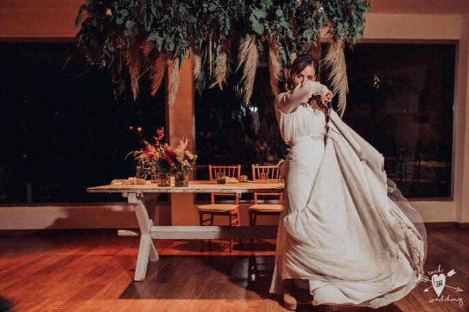 Dança noivos e convidados