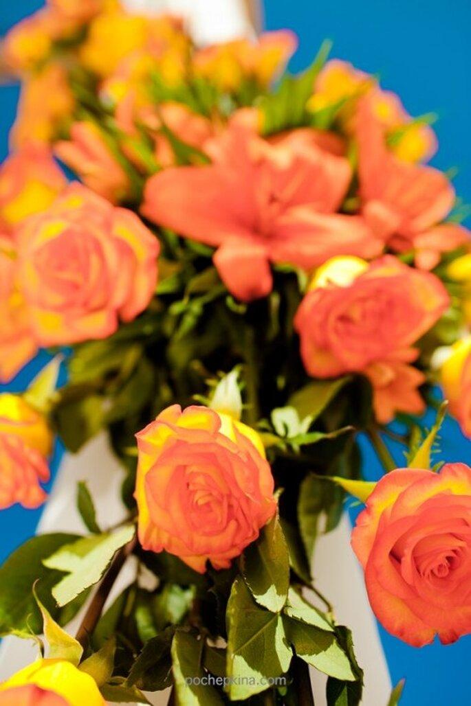 Ramo con flores naranjas - Foto Pochepkina