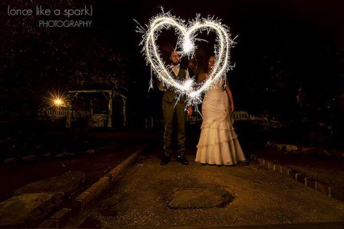Envoyez un Save The Date aux invités de votre mariage - Photo : Once Like a Spark