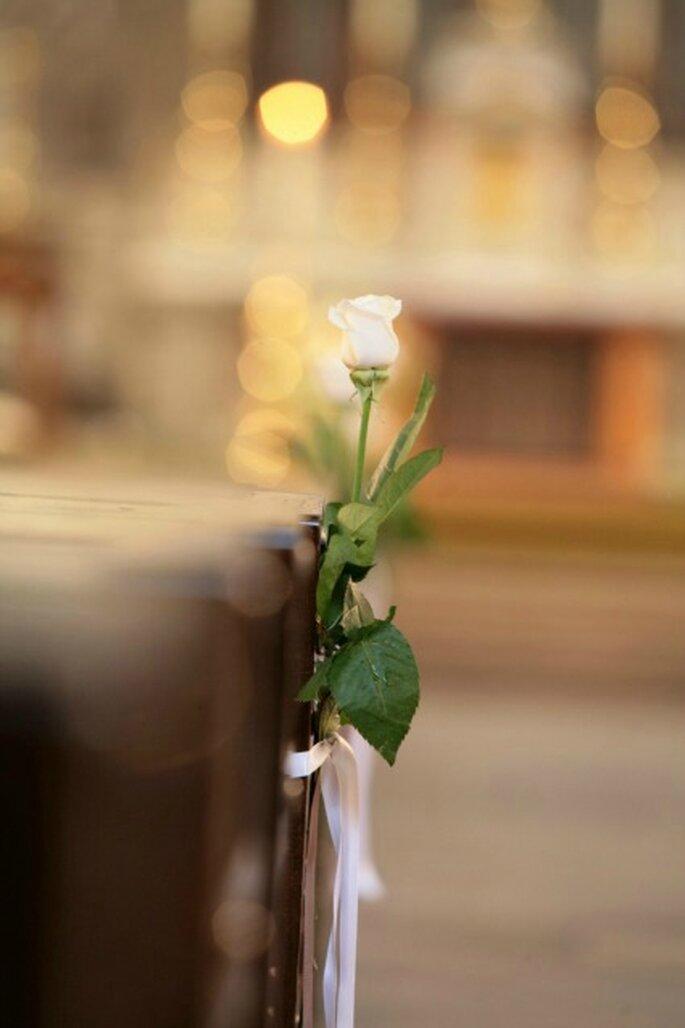 Déléguez à Au nom de la rose la décoration florale de l'église où aura lieu votre mariage - Photo : Au nom de la rose