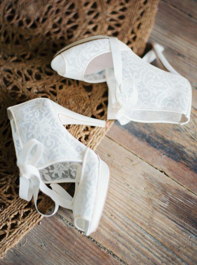 Botines como tendencia en zapatos de novia 2015 - Foto Erich McVey