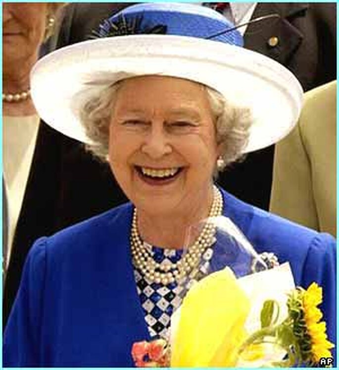 La reina Isabel II, abuela del novio