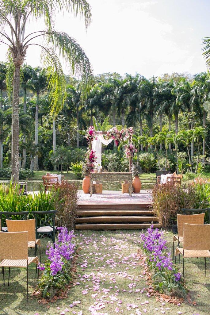 Decoração, flores e paisagismo: Renata Paraiso Design de Eventos Integrados à Natureza - Fotografia: Itamar de Assis Jr. Photography