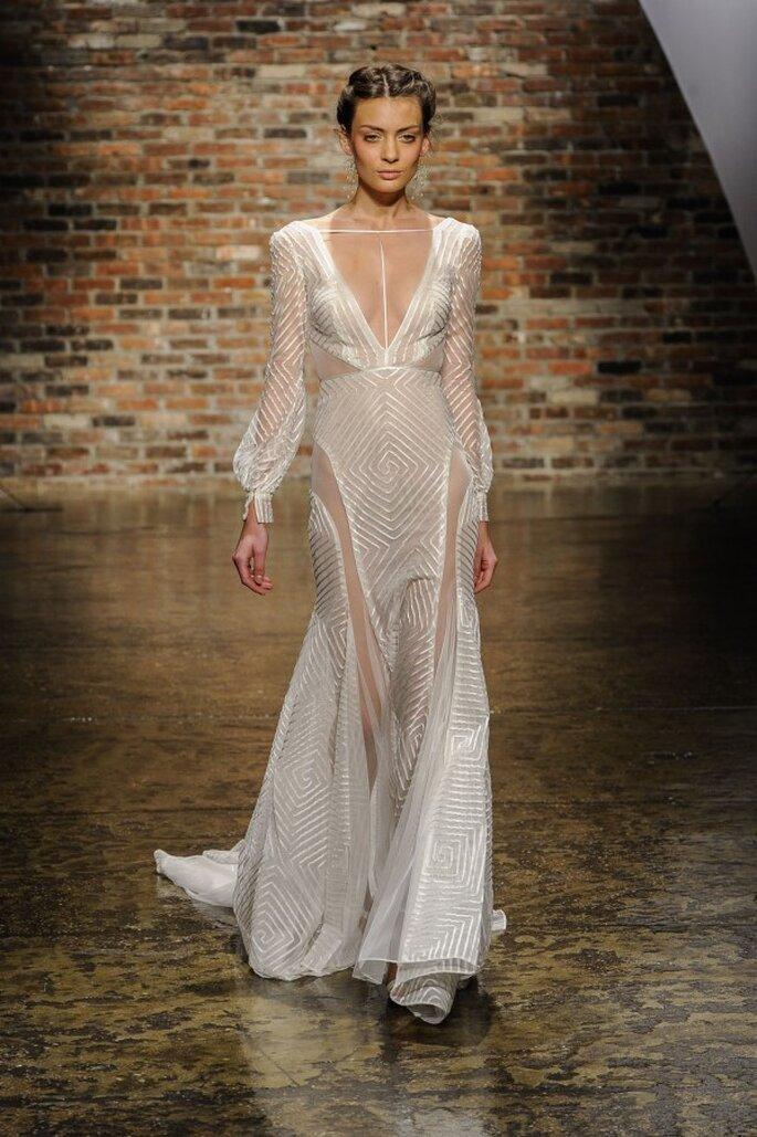Vestido de novia con estilo sexy, mangas largas y transparencias - Foto Hailey Paige