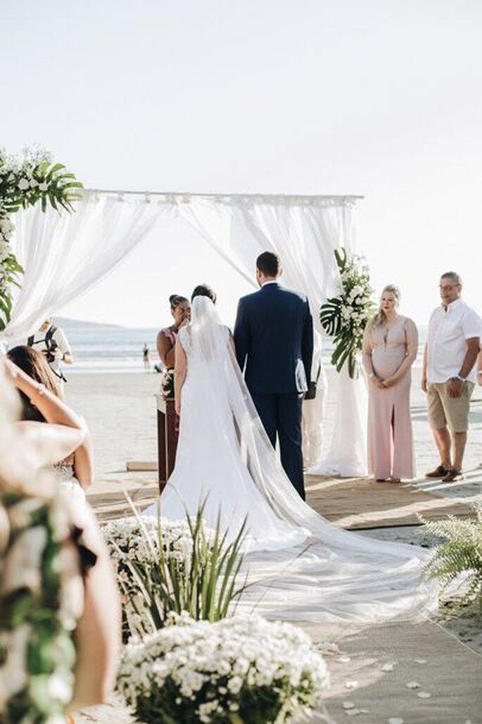 Casamento na praia Porto