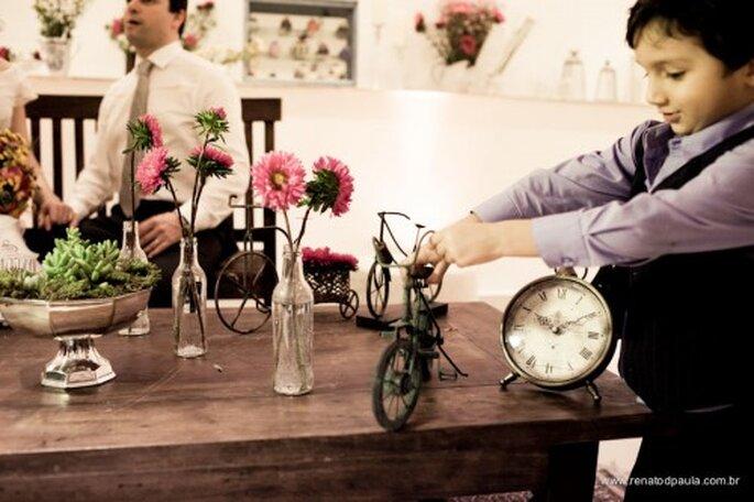 Decora tu boda intima con objetos pequeños y botellas