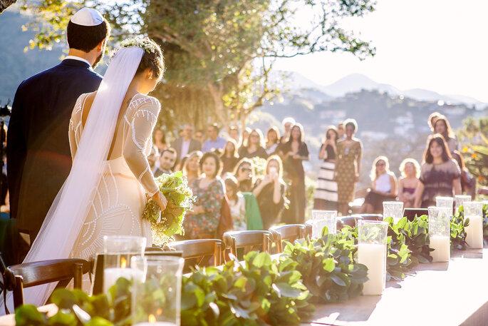 Entrada dos noivos na cerimônia