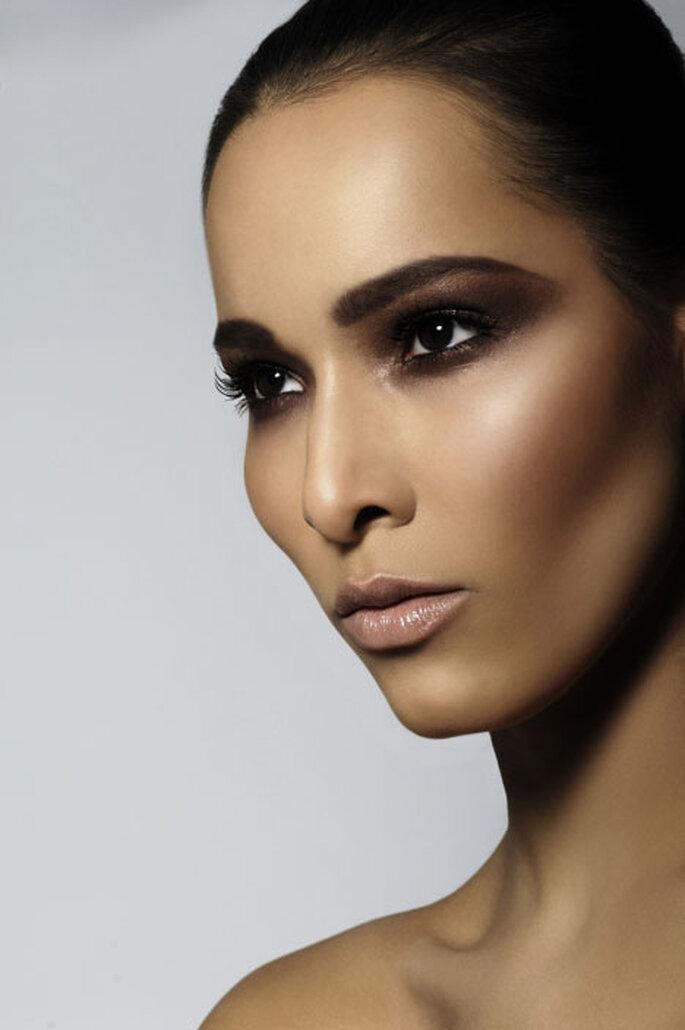Ojos ahumados, tendencia 2011 en maquillaje de novias latinas