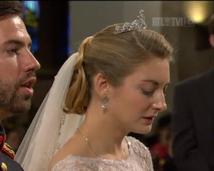 Detalle de la tiara de la novia. Foto: RTL News