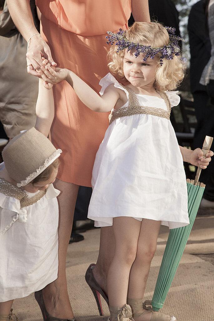 Niños en la ceremonia matrimonial. Foto: Elena Bau Fotografía