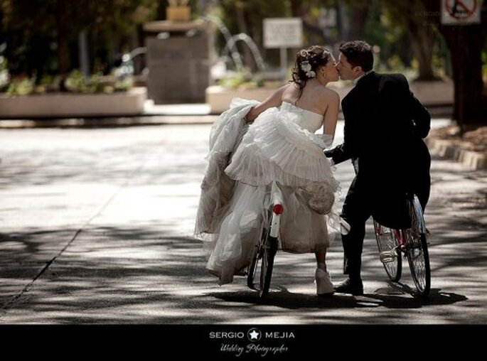 Trash the  Dress en bicicleta. Foto de Sergio Mejia
