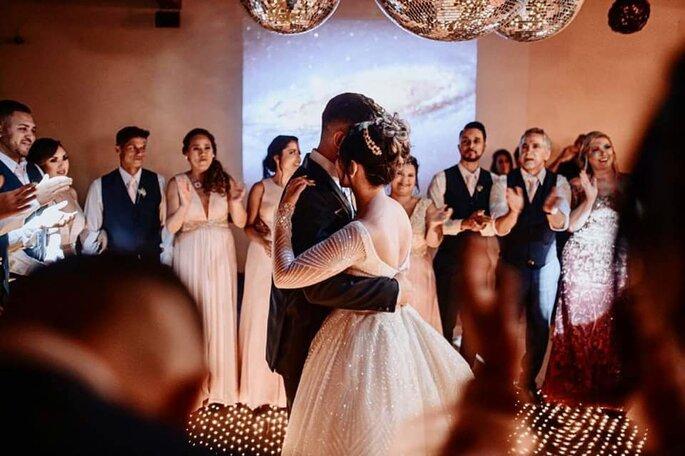 Primeira dança do casal na Mansão Fato