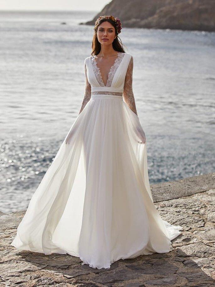 Robe de mariée bohème avec un décolleté