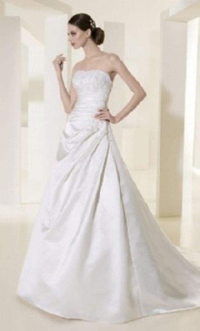 13a500d75 فساتين اعراس 2013 ازياء بنات 2013 - كوشات أعراس