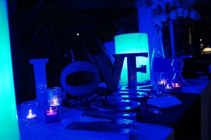 du violet pour la d coration de votre mariage d hiver top chic. Black Bedroom Furniture Sets. Home Design Ideas