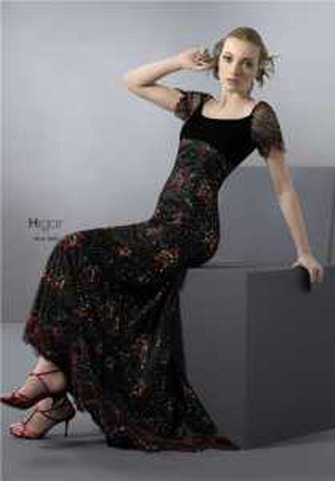 HigarNovias 2009 - Vestido negro largo de escote redondo, manguitas