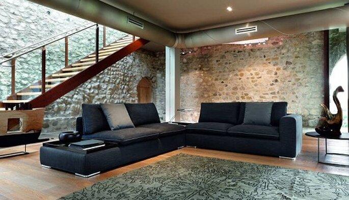 Soggiorno moderno e lineare di DITRE. Foto: www.bergamin.it