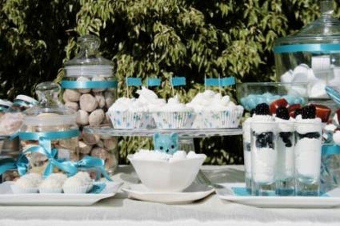 Die Candy Bar ist nicht nur was für kleine Hochzeitsgäste – Foto: JOY POP EVENTOS