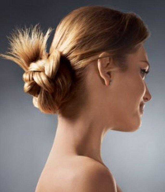 Trend Hochsteckfrisur 2011 für die Braut - moderner Stil