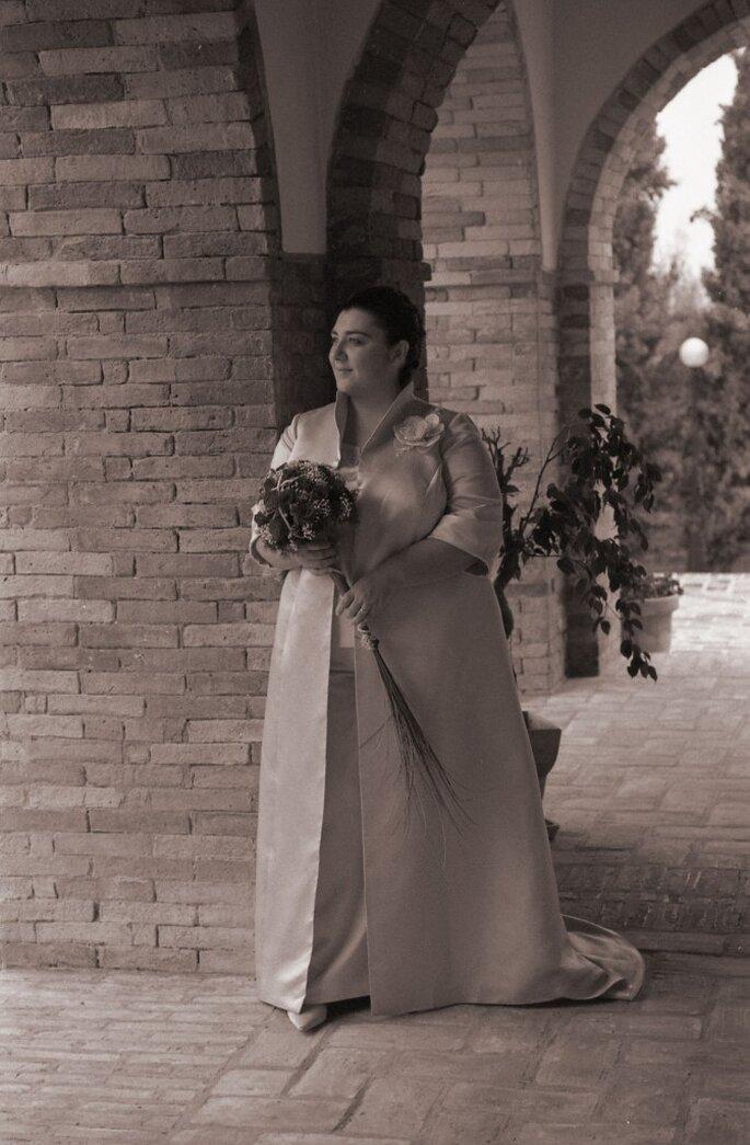 Voici Sandra dans sa robe de mariée