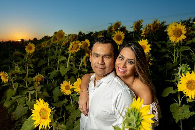 ensaio noivos casamento no campo