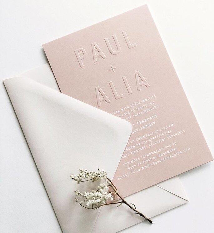 Hochzeitseinladung minimalistisch modern in rosa mit Letterpress