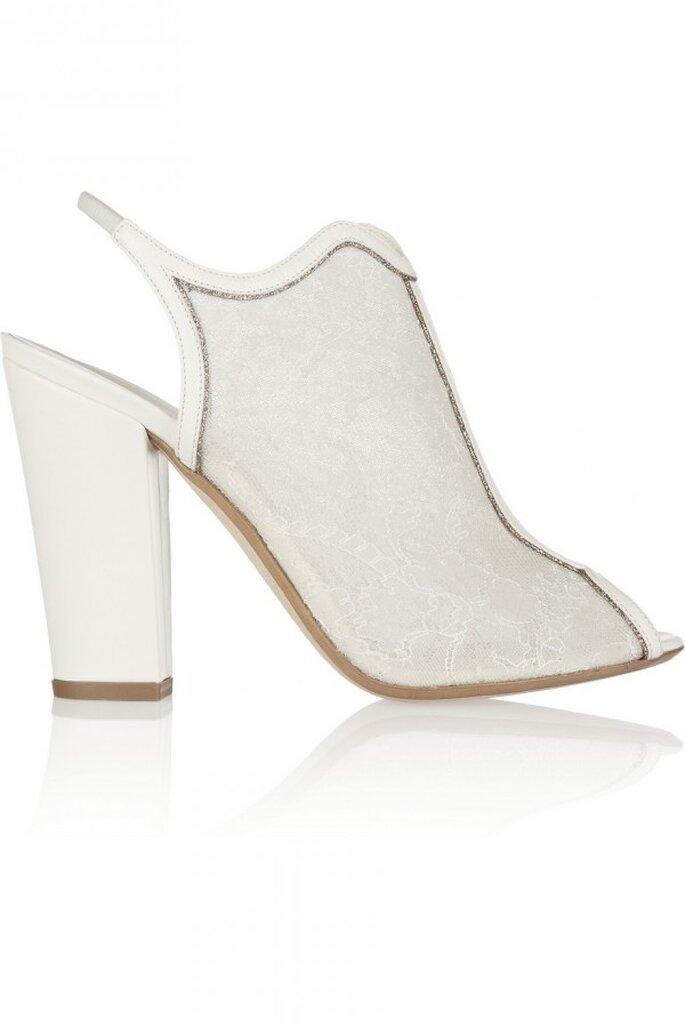 Botines con detalles de encaje y chunky heel como tendencia en zapatos de novia 2015 - Foto Nicholas Kirkwood en Net a Porter