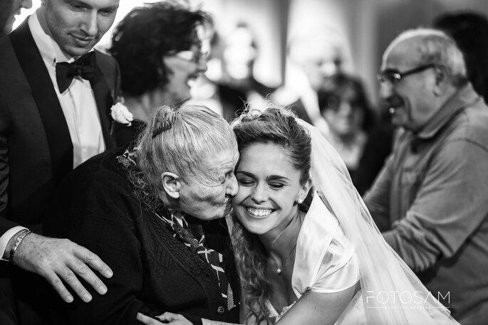 Uno scatto con la nonna nel giorno delle tue nozze
