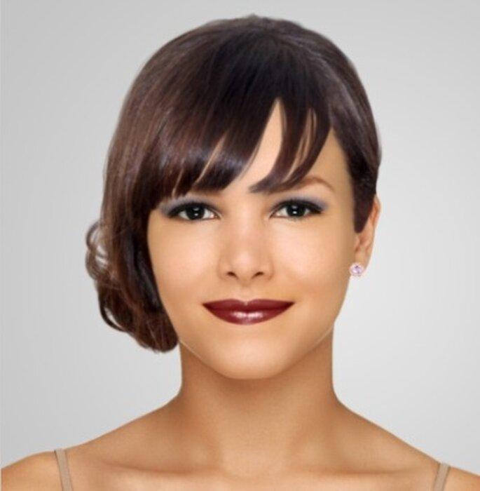 Maquillage CHANEL pour mariée brune - Dailymakeover.com - Rouge à lèvres Rouge Coco : teinte Paris, Ombre à paupières Illusion d'ombre : teintes Mirifique et Fantasme