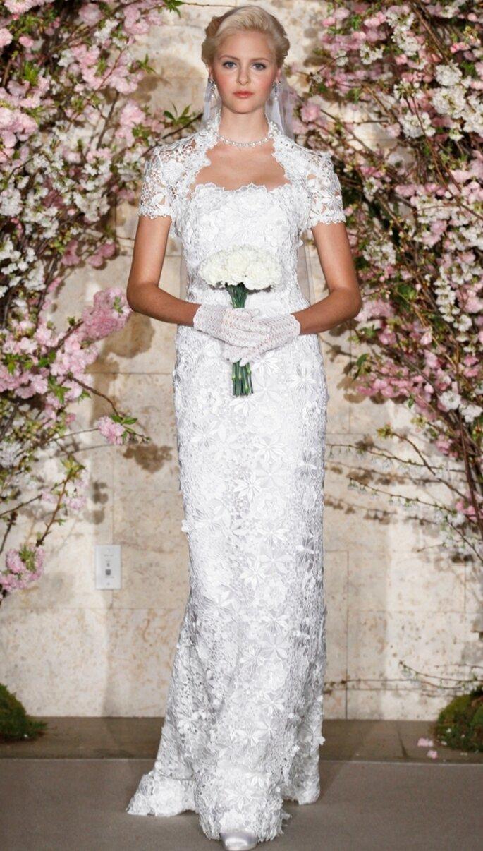Vestido de novia Oscar de La Renta, con encaje. 2012