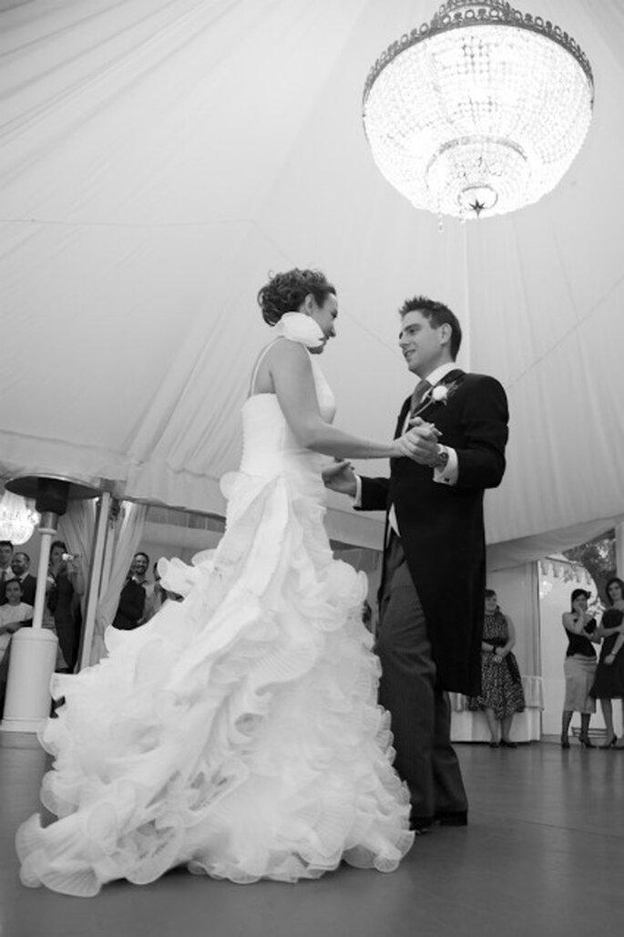 El primer baile de los recién casados - Adrián Tomadín