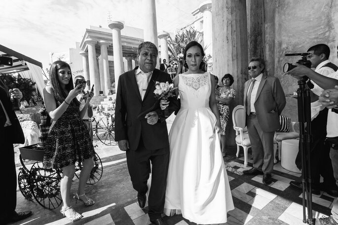 Javier Zea Wedding Photographer