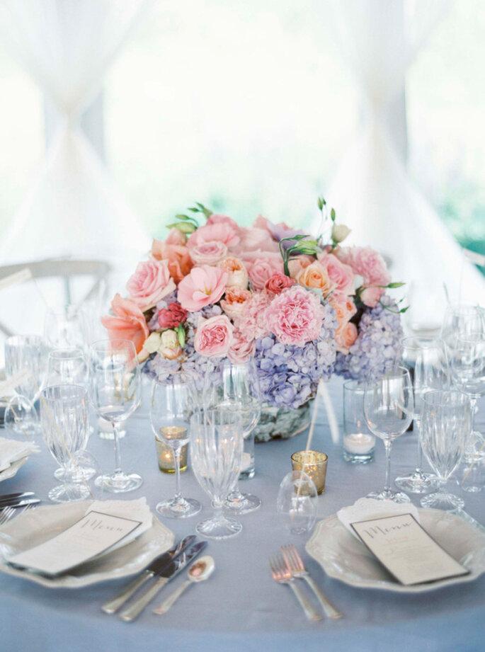 Elegante Hochzeitsdekoration mit Blumen