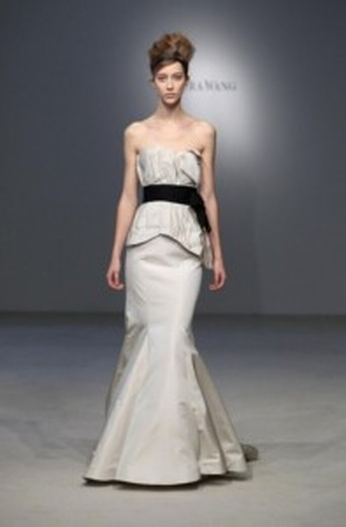 Модные цветные свадебные платья 2012 (фото)