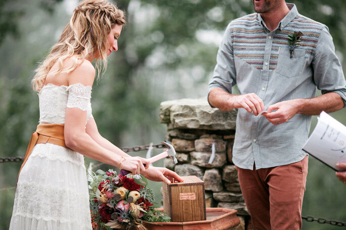 Ceremonia de la caja. Foto: Love is a big deal