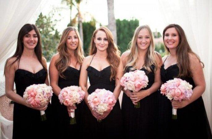 Vestidos de dama de boda en color negro - Foto Amsale Bridesmaid Facebook