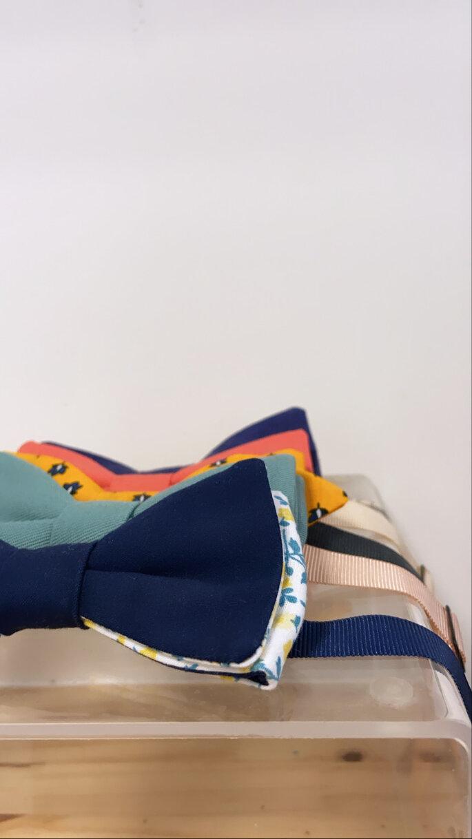 Nœuds papillons de toutes les couleurs, faits à la main, artisanalement, à porter pour un mariage