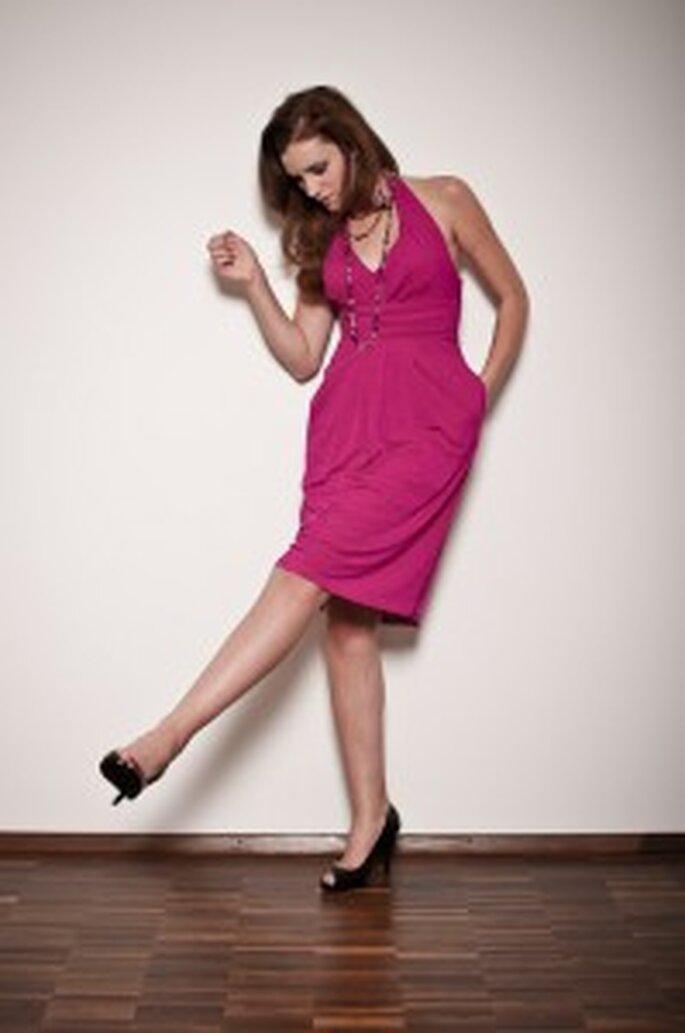 küss die Braut: Neckholderkleid Fuchsia