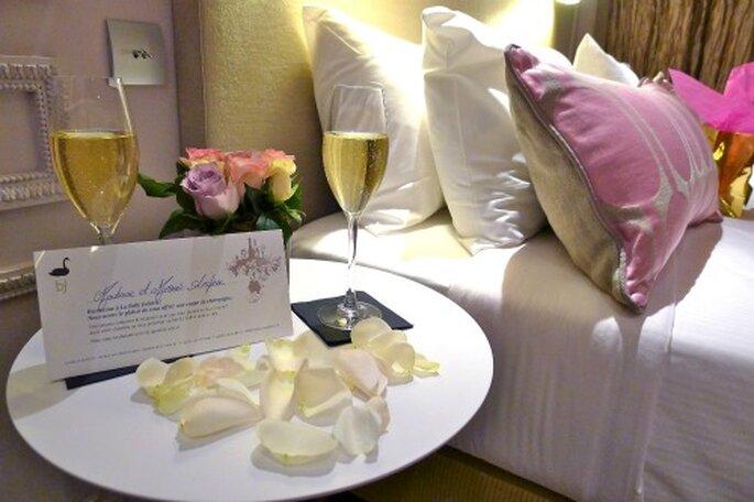 Chambre romantique pour un voyage de noces magique - Hotels Paris Rive Gauche - Flickr - licence Creative Commons