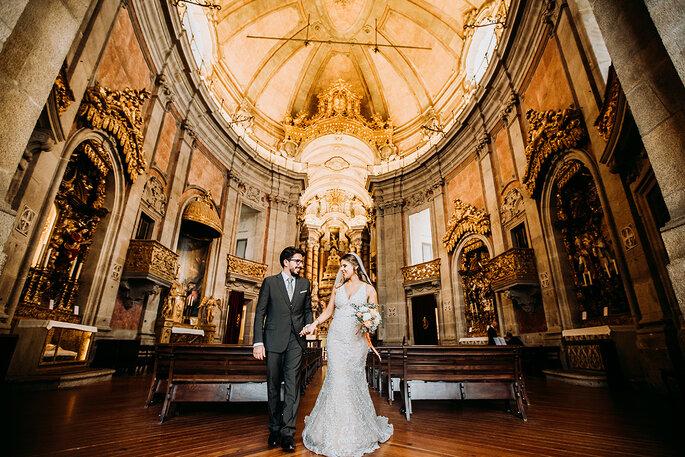 como escolher o padre para o casamento católico