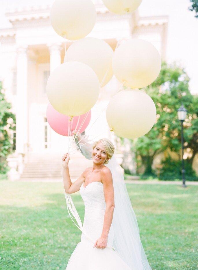 Globos para decorar tu boda - Jodi Miller Photography