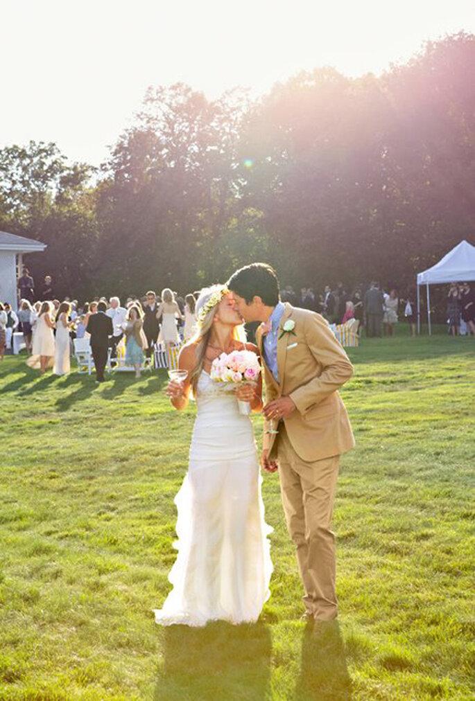Bodas al aire libre de moda en el 2013 - Foto Brides Facebook