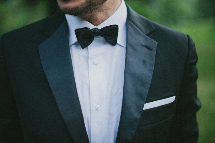 Anzug Bräutigam mit Fliege